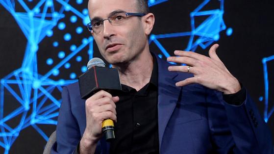 Yuval Noah Harari technology bafflegab globalism fourth industrial revolution apotheosis artificial intelligence irrelevance