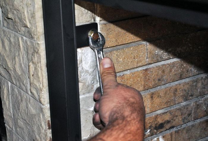 C mo hacer una puerta para chimenea facilmente explico for Como hacer una puerta con machimbre