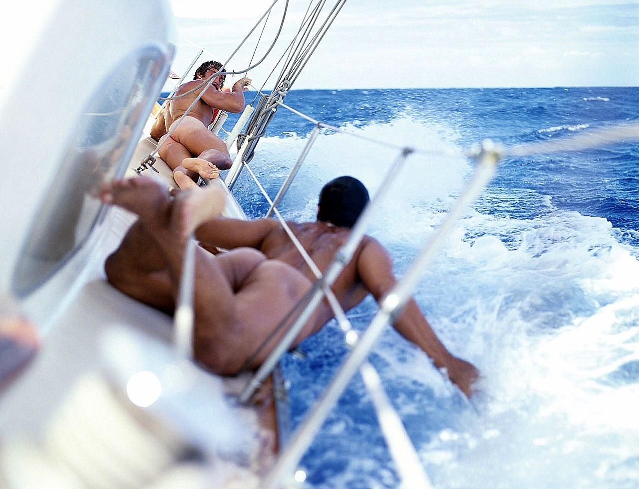 Whitsundays sailing adventures