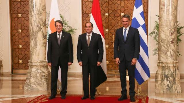 Ως πότε η Ελλάδα θα κοιμάται και ο εχθρός μας θα τρέχει;