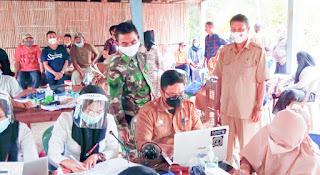 Tim Medis Puskesmas Takkalala Soppeng, Melakukan Paksin Gratis Di Beberapa Dusun
