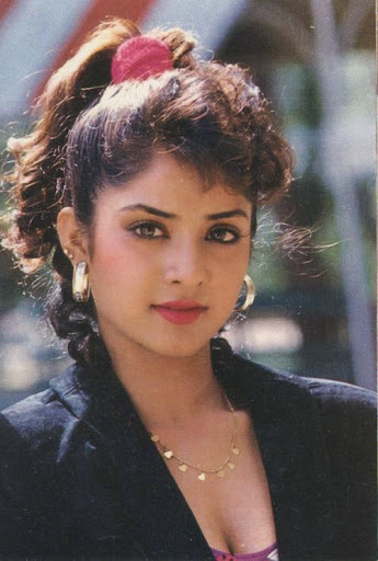 Divya Bharti Biography, Wiki, Dob, Height, Weight, Husband -5563