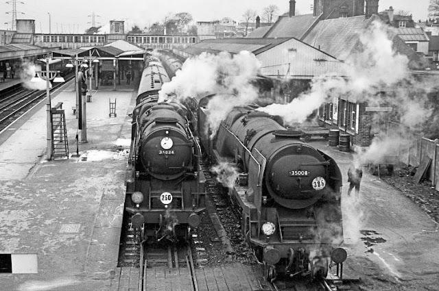 Sejarah Awal Terciptanya Kereta Api