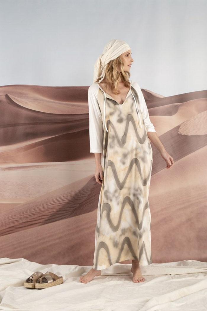 Vestido largo estampado simil batik moda mujer verano 2020. Moda 2020 verano mujer.