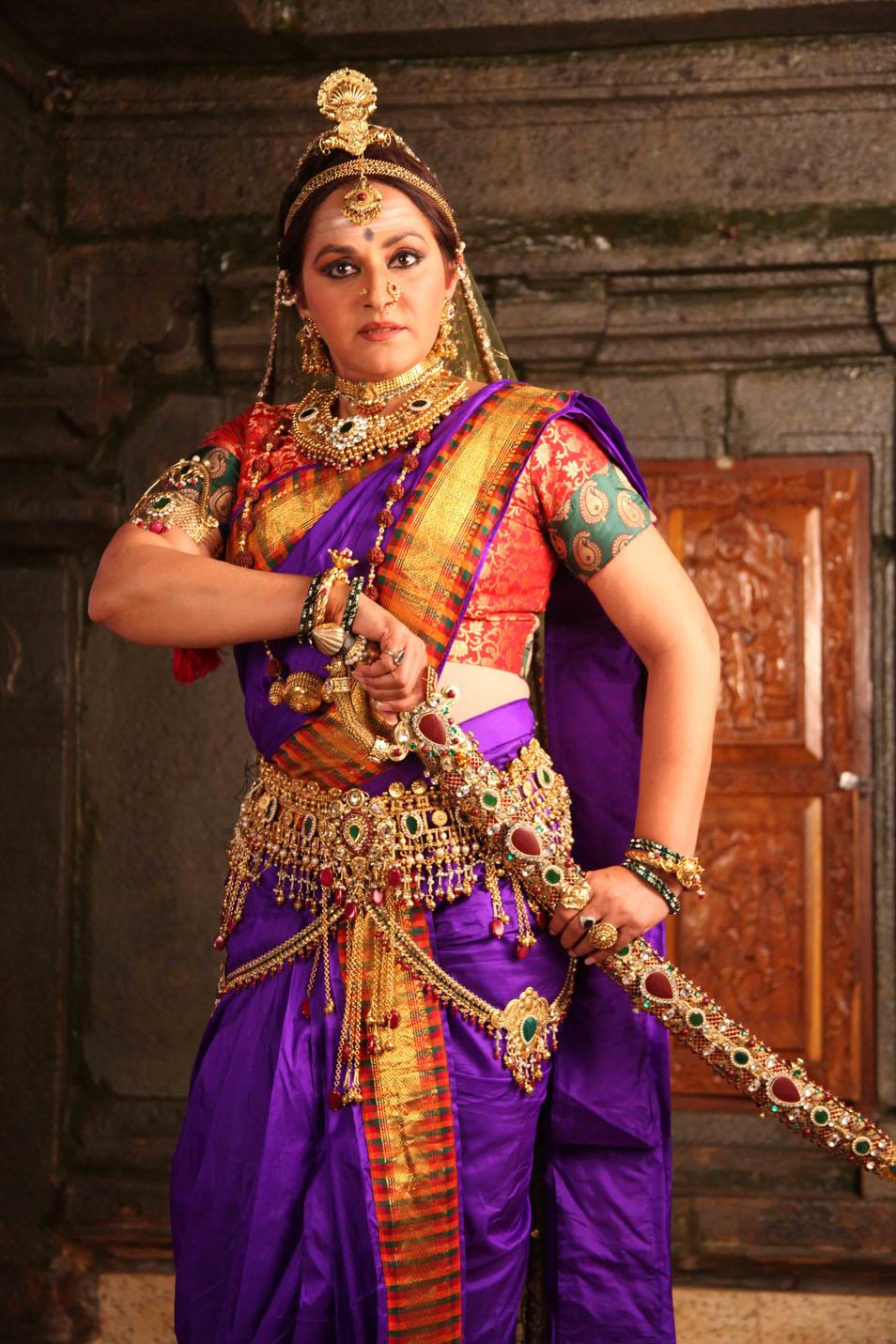 Darshan Sangoli Rayanna Photos Kannada Movie 2011 Stills -1401