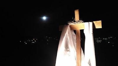 La oppia testimonia la resurrezione