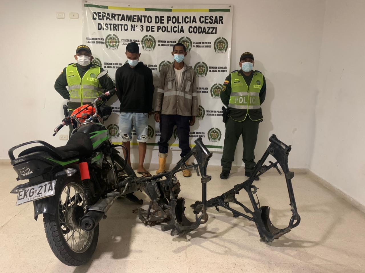 hoyennoticia.com, Vendían partes de motos robadas