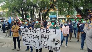 Aksi Unjuk Rasa BEM UMIKA Soroti Kinerja Dinas Sosial Kota Bekasi