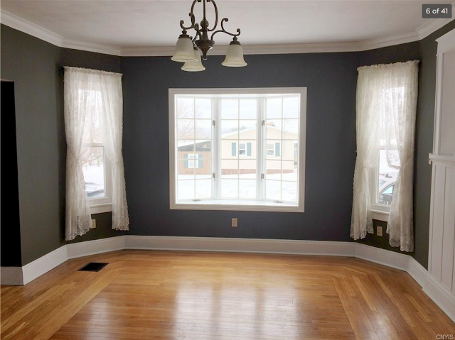 dining room view of side bay windows, Aladdin Charleston, 99 Mexico St Camden NY