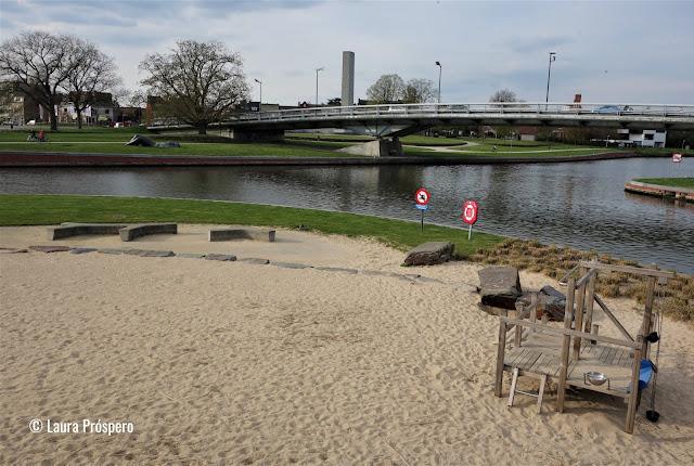 Buda Beach, um imenso espaço de lazer às margens do rio Lys, Kortijk