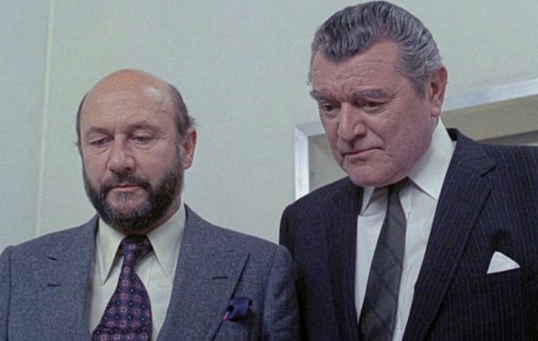 Donald Pleasence and Jack Hawkins