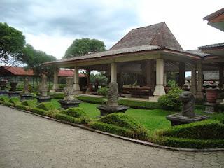 Gambar Lokasi Tempat Wisata Museum Trowulan