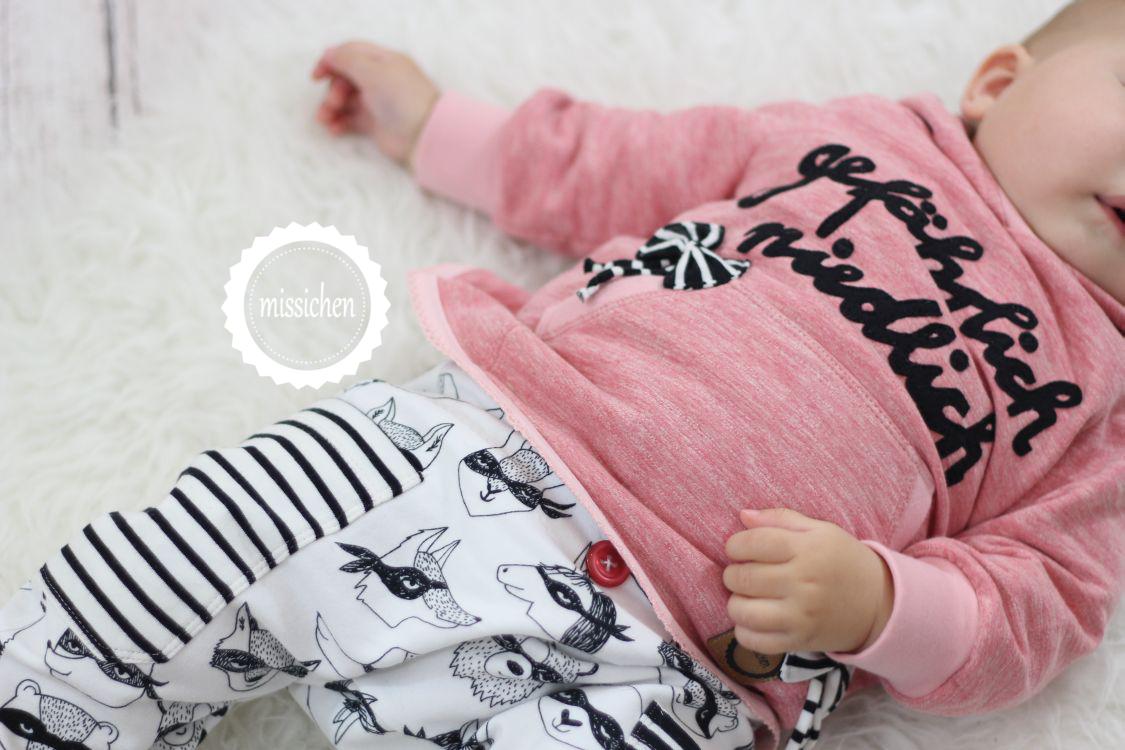 missichen gef hrlich niedliche babyschwester. Black Bedroom Furniture Sets. Home Design Ideas