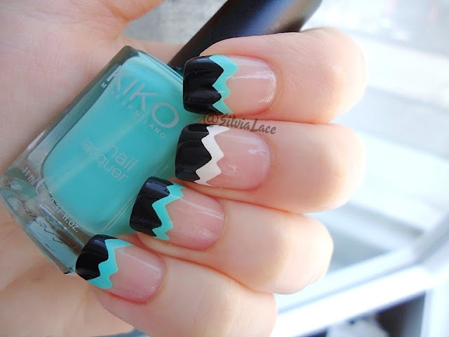 Silvia Lace Nails: Tape French Manicure