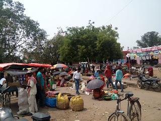 बड़कागांव दैनिक बाजार में पॉकेट मारो से लोग परेशान
