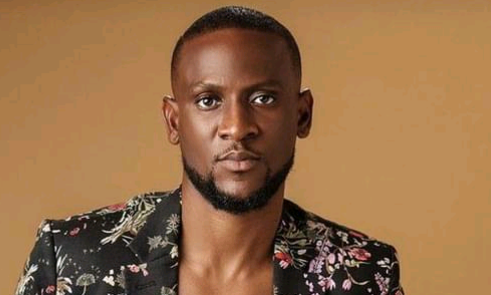 Former BBNaija star, Omashola reacts to messages about him told to get married