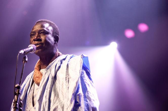 Thione Seck, le dernier de la race des paroliers : Musique, artiste, chanteur, groupe, Raam, Daan, Thione, Ballago, Seck, mbalax, festival, concert, live, danse, divertissement, LEUKSENEGAL, Dakar, Sénégal, Afrique