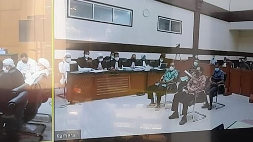 Dicecar Habib Rizieq, Saksi Kompak Sebut Massa Megamendung Spontan