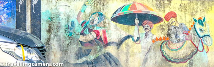 Udaipur is full of frescos all around the city. Most of the public walls have graffitis on them. Above photograph looked like a female traffic controller is asking the modern car to stop and help horse & 2 men pass. Do you see that or I am unnecessarily forcing that on my viewers.