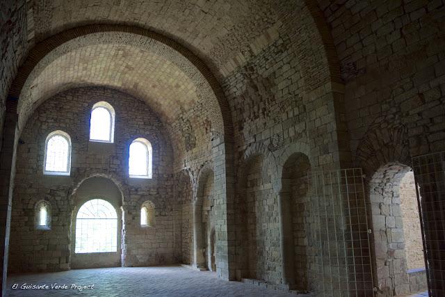 Monasterio de San Juan de la Peña, iglesia románica, por El Guisante Verde Project