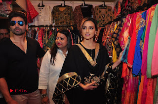 Bollywood Actress Sana Khan Launches Aakrithi Exibition  0352.JPG