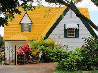 genteng-rumah-warna-kuning.jpg