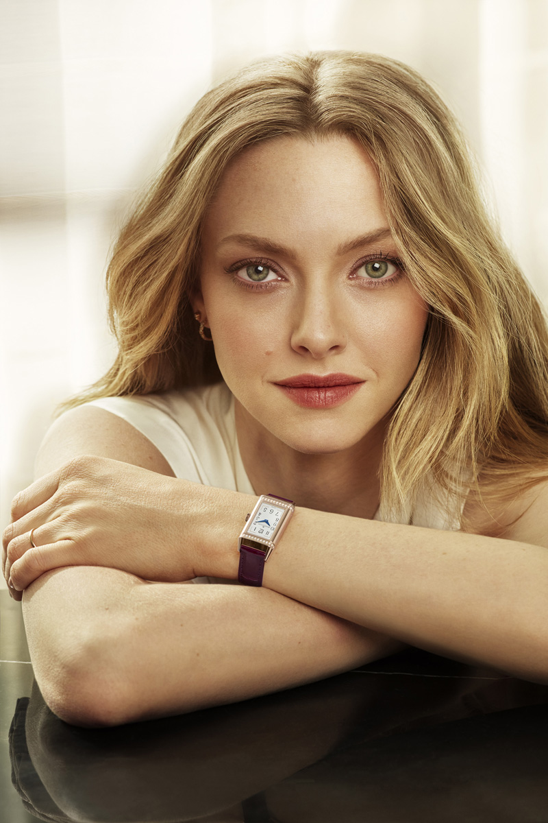 Actress Amanda Seyfried wears Jaeger-LeCoultre Reverso One Duetto Moon watch