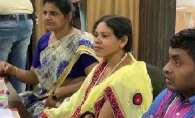 नक्सली हमले में मारे गए BJP विधायक भीमा मंडावी की पत्नी ने भरा नामांकन - newsonfloor.com