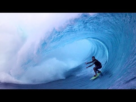 Peaking A Big Wave Surfer s Perspective - Carlos Burle - Part 2 6