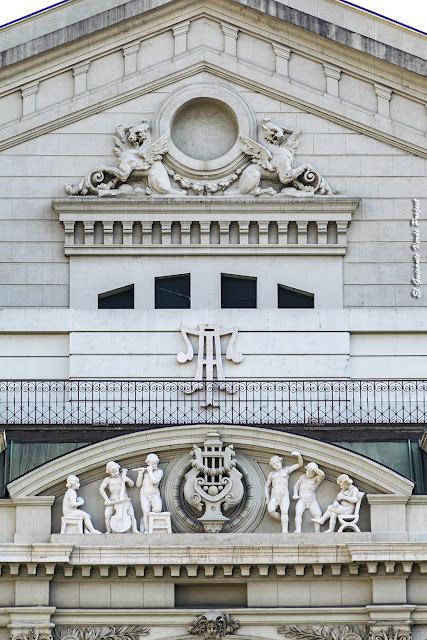 Teatro Arriaga (fachada posterior) - Bilbao por El Guisante Verde Proejct