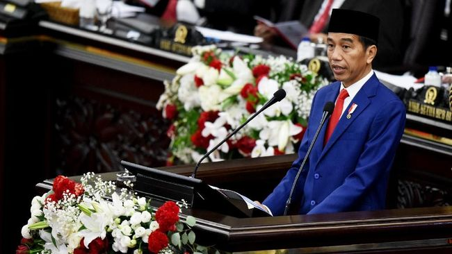 Sebut Menyelamatkan Nyawa Rakyat Jadi Hal Paling Utama, Jokowi: Rakyat adalah Hukum Tertinggi Bernegara!