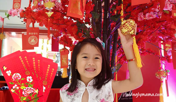 Gong Hey Fat Choy, Hong Bao Na Lai, lucky money, money gift, prosperity tree, lucky color, red, red envelope, red packet, good luck, prosperity, success, new year, Happy Chinese New Year, Chinese New Year, Chinese New Year gift, tikoy, Chinese New Year food, Bacolod City, Philippines, Fil-Chi, Filipino-Chinese, Spring festival, Spring festival gala, spring, new life, good fortune, how much money in ang pao, ang pao, ang pow, hongbao, Chinese, Chinese tradition, Chinese custom, Chinese practices, Bacolaodiat Festival, Bacolod mommy blogger