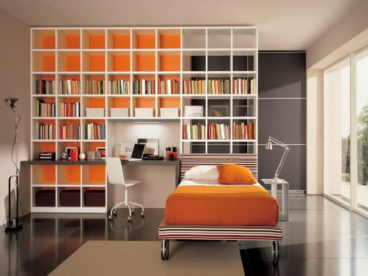Home Priority: Spruce Your Bedroom with Gorgeous Shelving ...