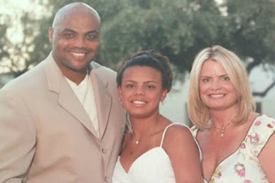 Maureen Blumhardt with her husband Charles & daughter