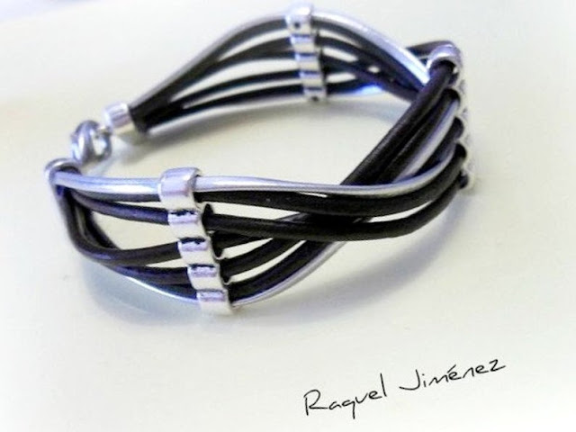 dos pulseras un diseño
