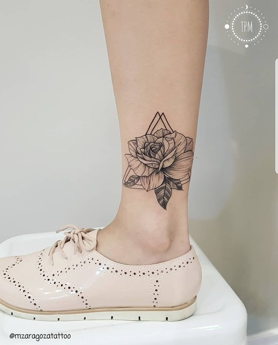 21+ Sexy Tattoos For Women