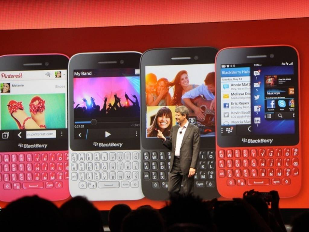 My Thoughts on Technology and Jamaica: Blackberry launched