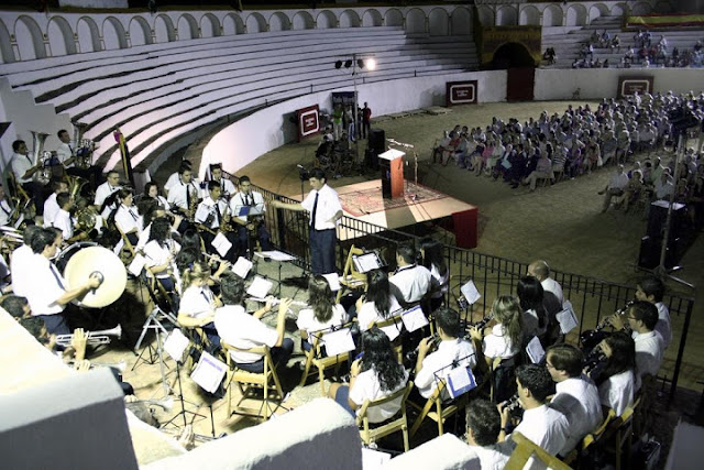 http://www.esvalverde.com/2019/03/la-banda-de-musica-recibira-su-premio.html
