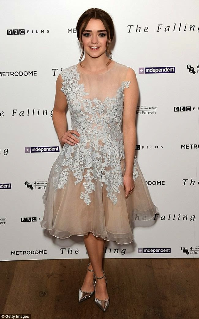 Maisie Williams Makes Stunning Appearance in Floral Gown