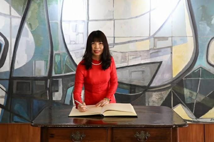 Internacional: Entrevista com Pham Thin Kim Hoa-Embaixadora do Vietnã no Brasil