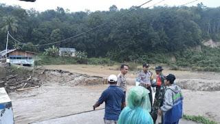Banjir Bandang Terjang Sijunjung Sumbar