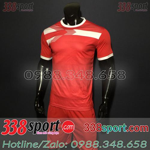 Áo bóng đá màu đỏ