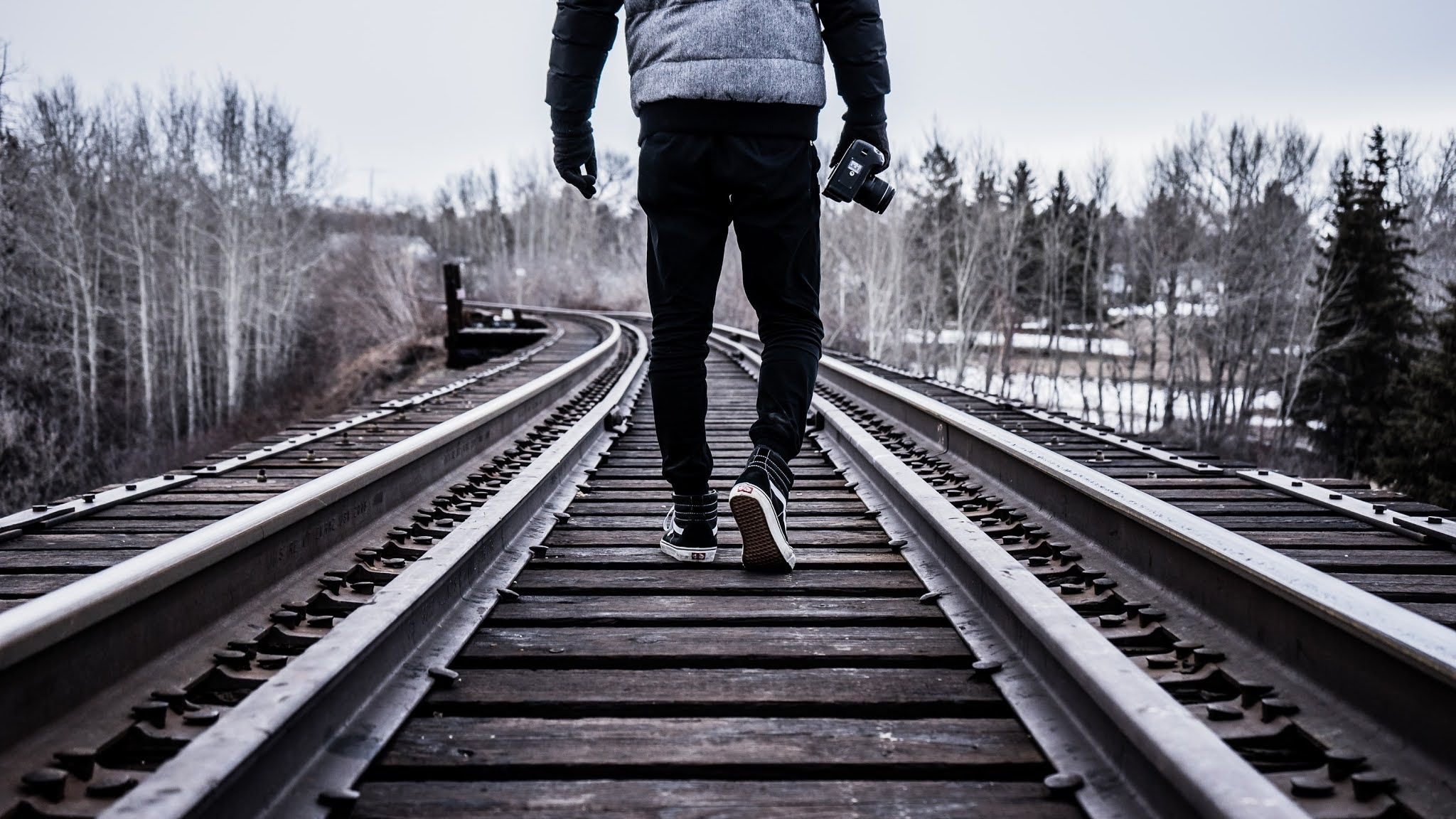 Man, Back in track, Train track