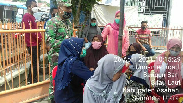 Dengan Cara Komunikasi Sosial Dibulan Puasa Personel Jajaran Kodim 0208/Asahan Himbau Warga Selalu Pakai Masker