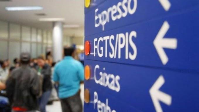 Bolsonaro muda de ideia e avalia acabar com abono PIS/Pasep para elevar Bolsa Família