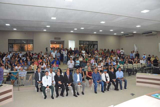 Câmara de Barreiras comemora 128 anos do município com entrega de Honraria