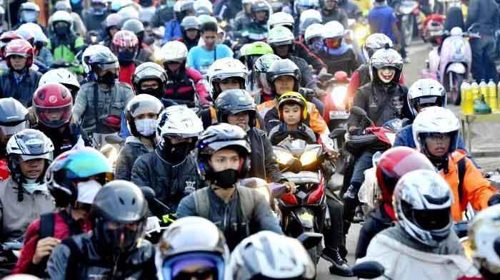 Tips Mudik Menggunakan Sepeda Motor yang Aman dan Nyaman