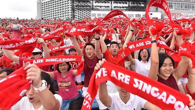 Singapur repartirá entre sus ciudadanos medio billón de dólares