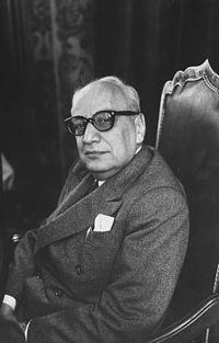 1960 askeri darbesinde komisyon başkanı kimdir?