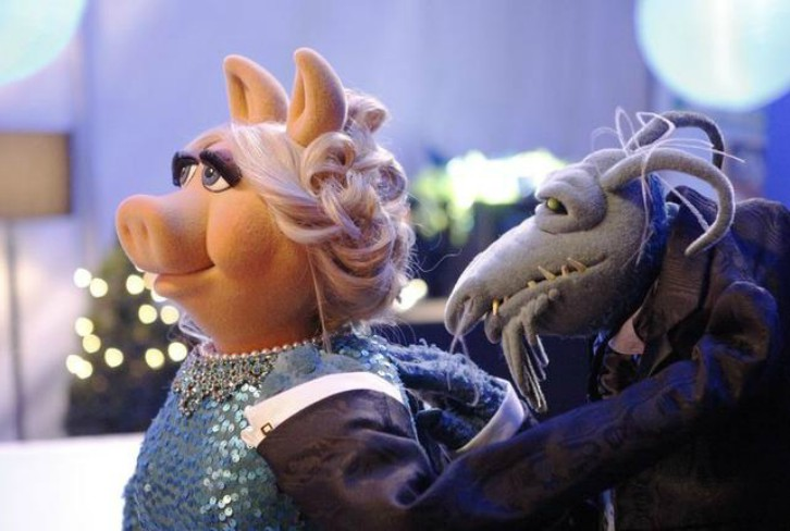 The Muppets - Swine Song & A Tail of two Piggies - Double Review: The Muppets' Makeover